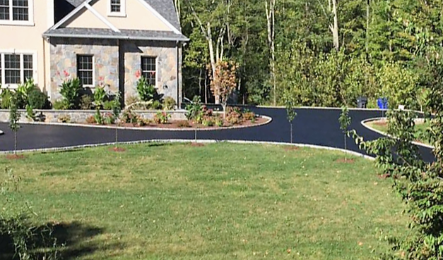 New Circle Driveway CT Paving Pros Connecticut